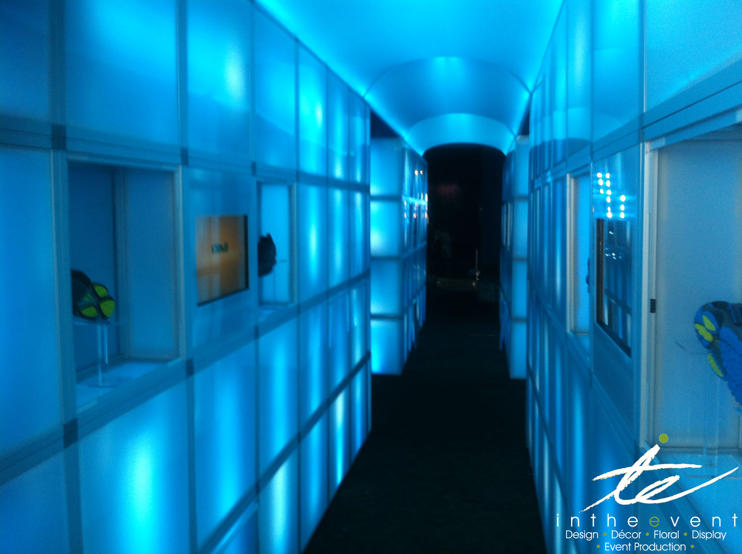 Wireless LED Entrance