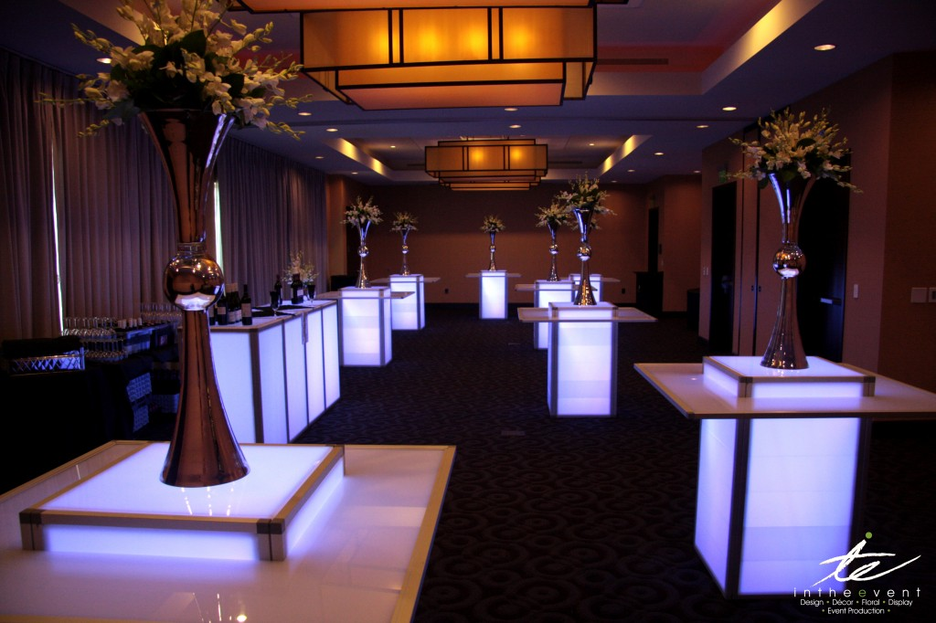 Cocktail Reception 2 LED Using LED Furniture To Brighten Your Event Cocktail Reception 2