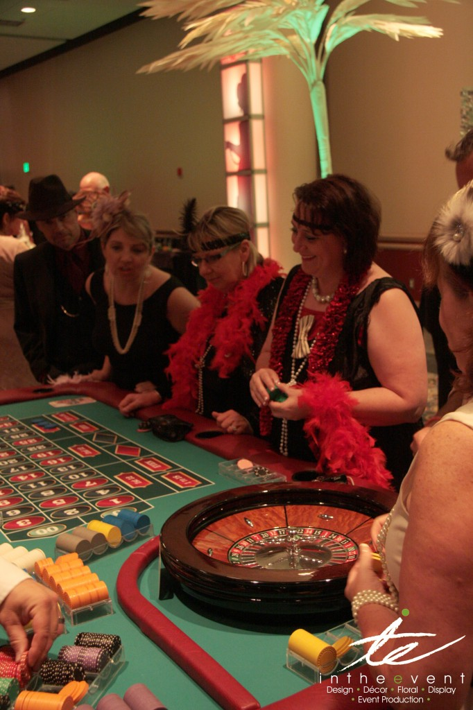 Casino Games Gatsby Closing out SendOutCards in Great Gatsby Style Casino Games