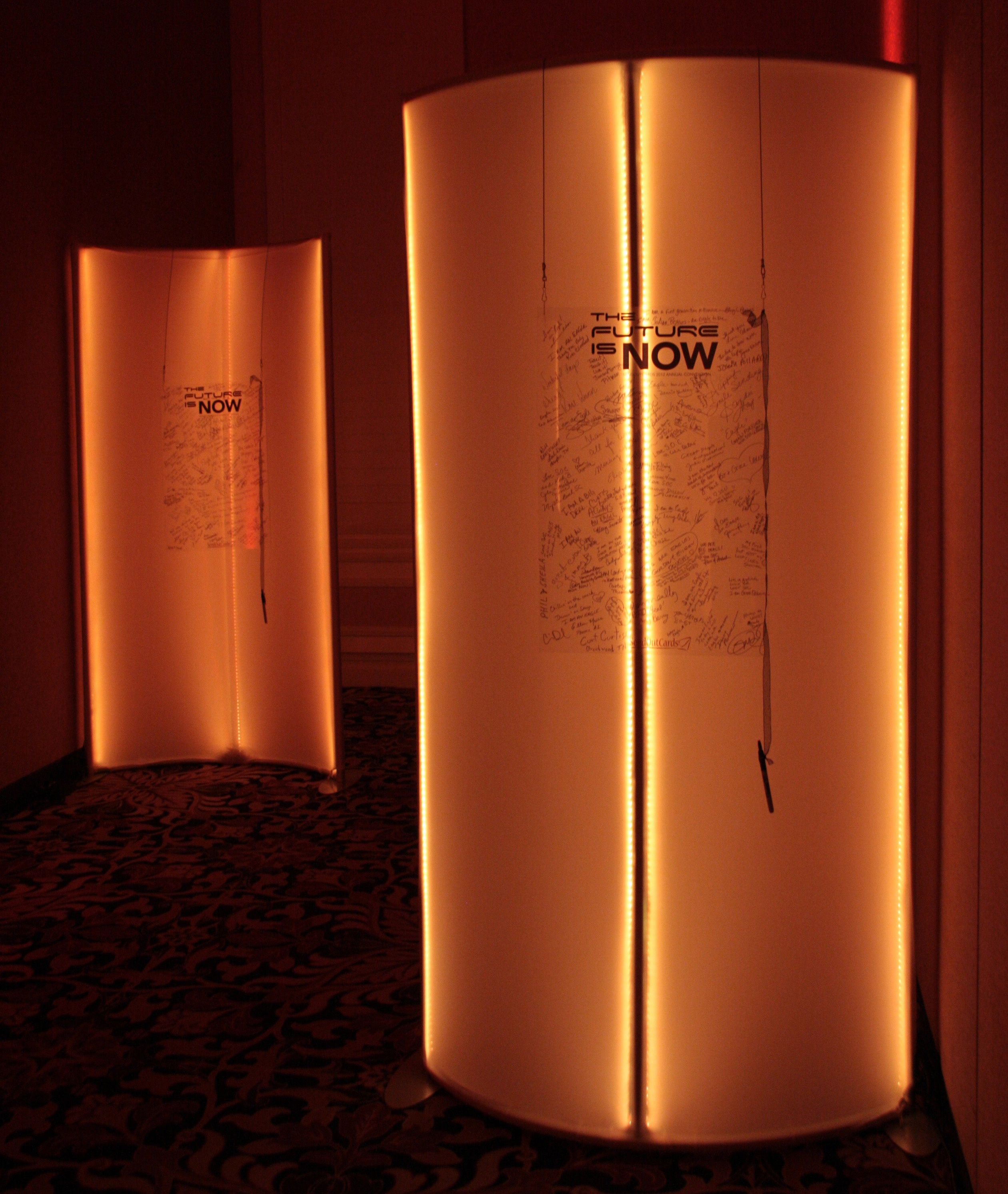 Curved Spandex LED Wall With Canvas | Event Rentals