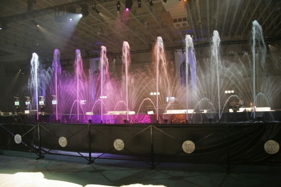special event water fountain event decor Decor img11 960x600