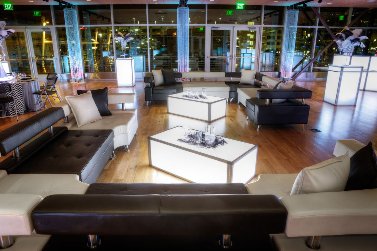 5 Ways You Can Use Leather Furniture At Any Event In The
