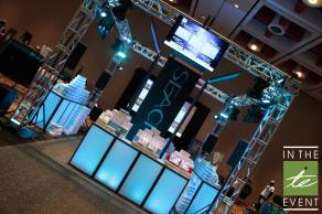 custom product video glow booth