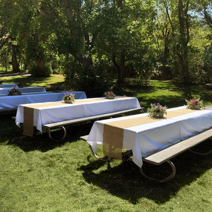 tables for outdoor wedding